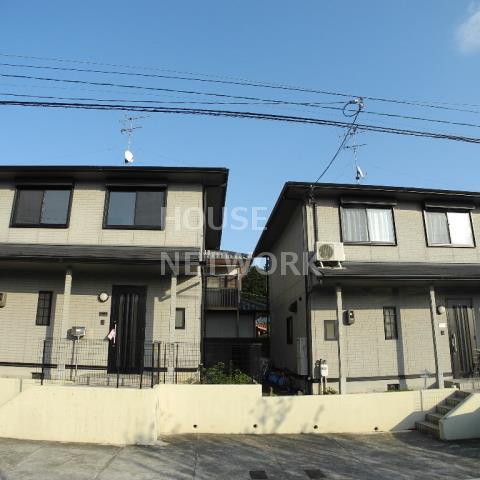 Cottage Takaragaike image