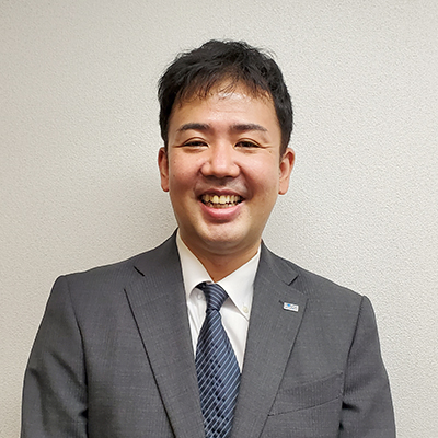 岡本/課長画像